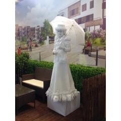 """Живая статуя  """"Дама с зонтом"""""""